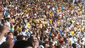 Una multitud se congregó  en el Mineirao. Foto: Pablo Ruybal.