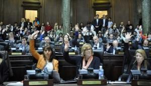 Votación de la Ley en el recinto. Fuente: Legislatura Porteña. (29/08/2014)